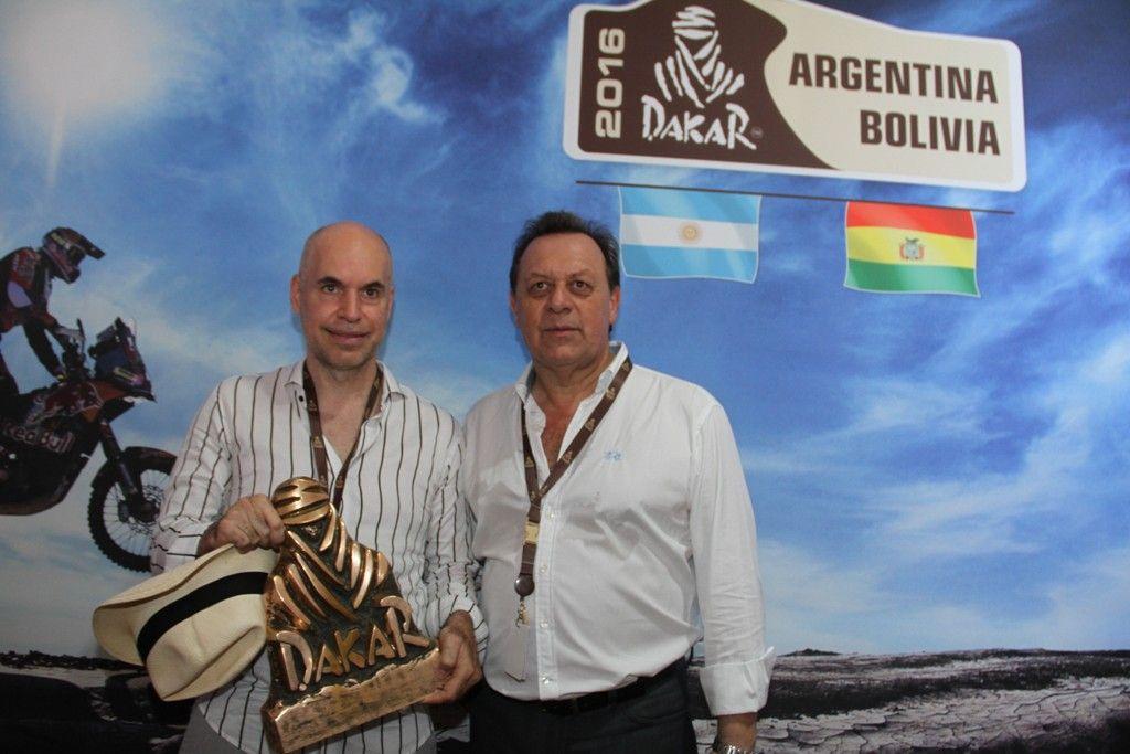 Santos, en la largada del Rally Dakar 2016
