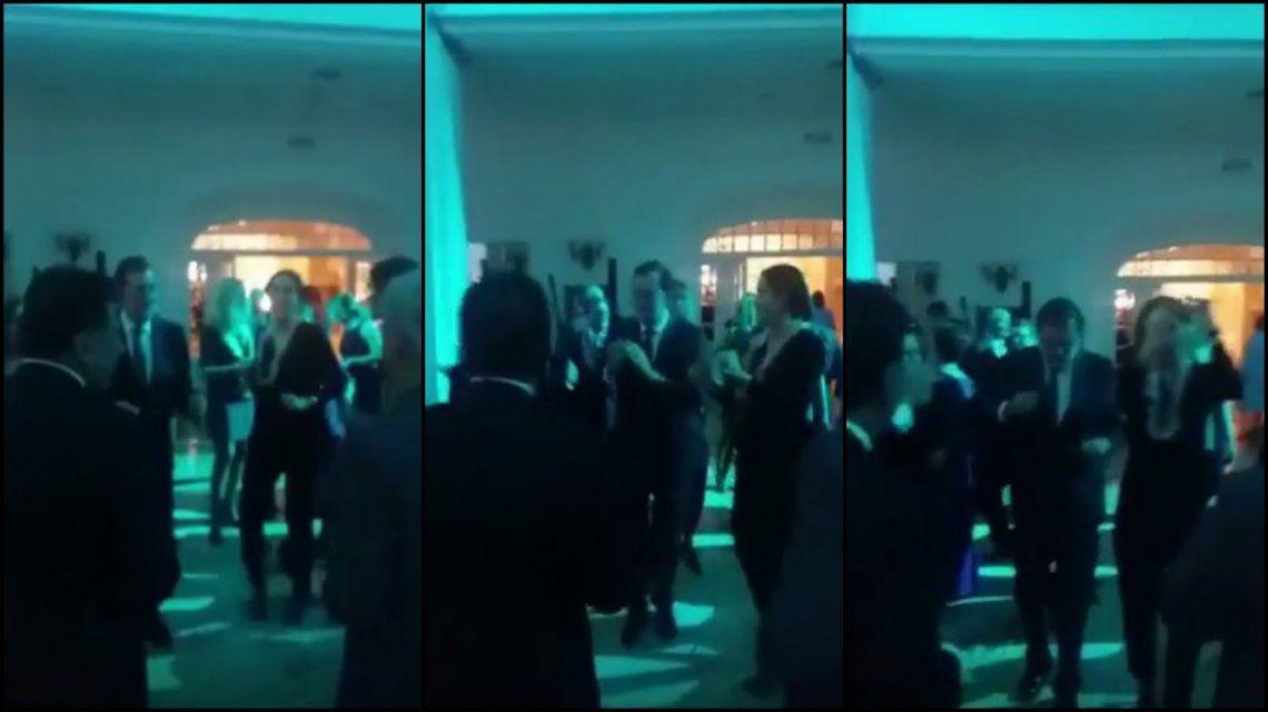 VIDEO: Rajoy bailando al ritmo de Raphael