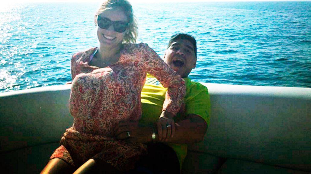 La sugerente foto de Diego Maradona y Rocío Oliva en Dubai