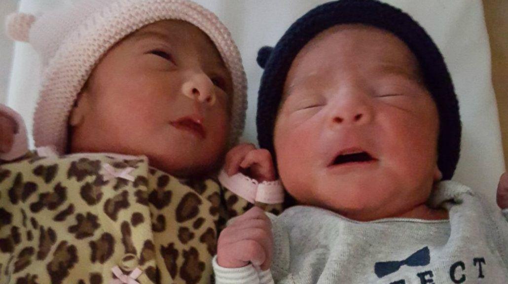 Son mellizos, pero nacieron uno en 2015 y otro el viernes