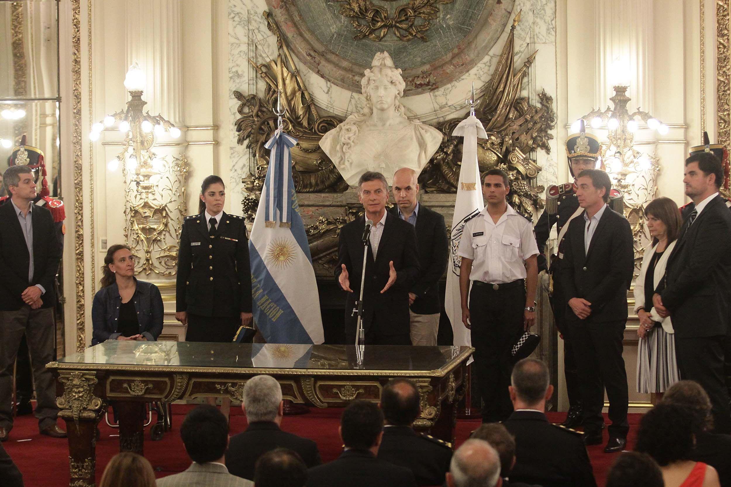 Larreta firmó el traspaso de la Federal: Es el camino a una fuerza única