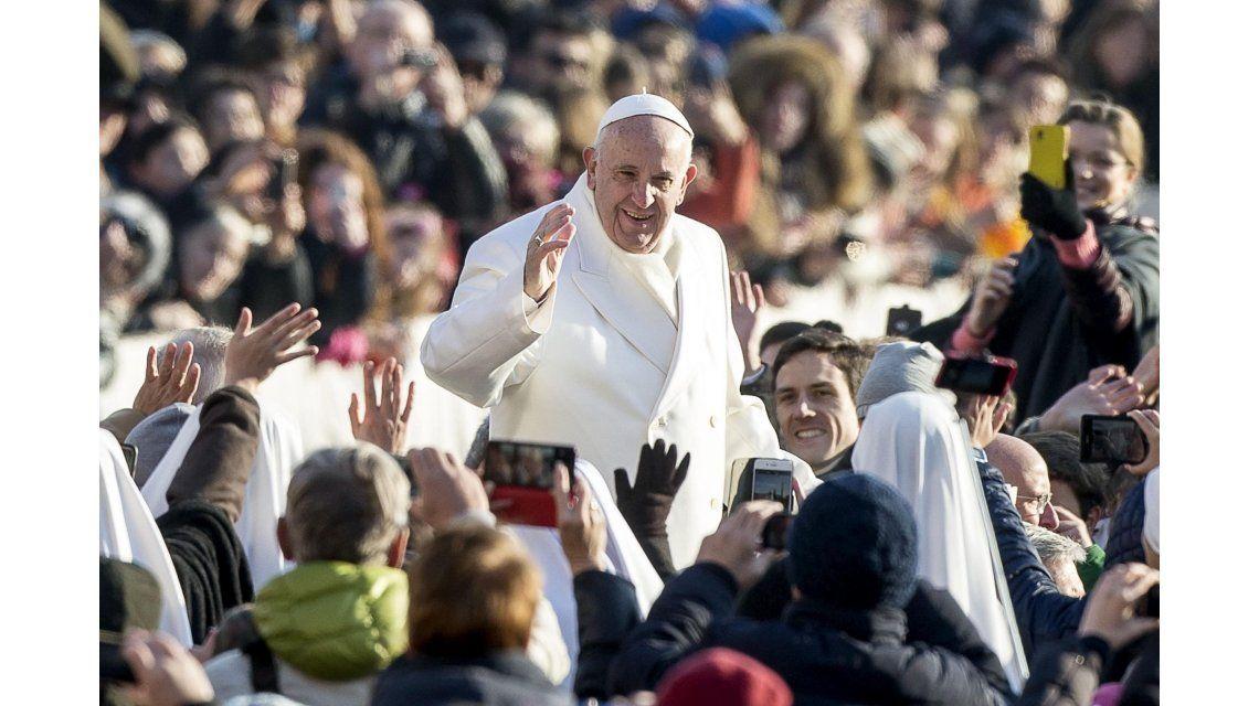 En la última audiencia de 2015, el Papa deseó un sereno y feliz año nuevo