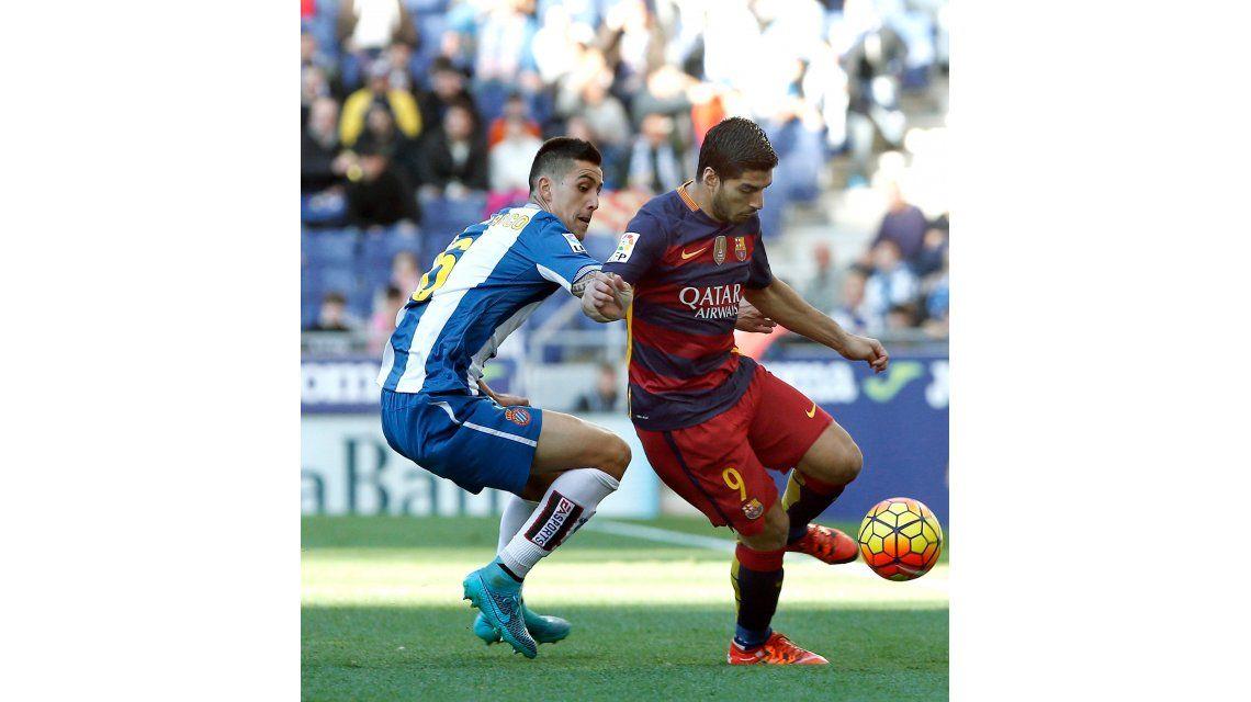 Barcelona no pudo en el clásico y sólo empató ante el Espanyol