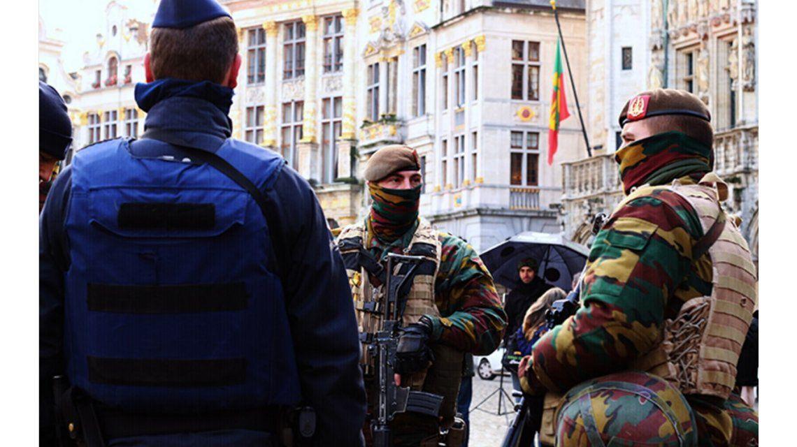 Escándalo en Bélgica por una orgía entre militares y policías