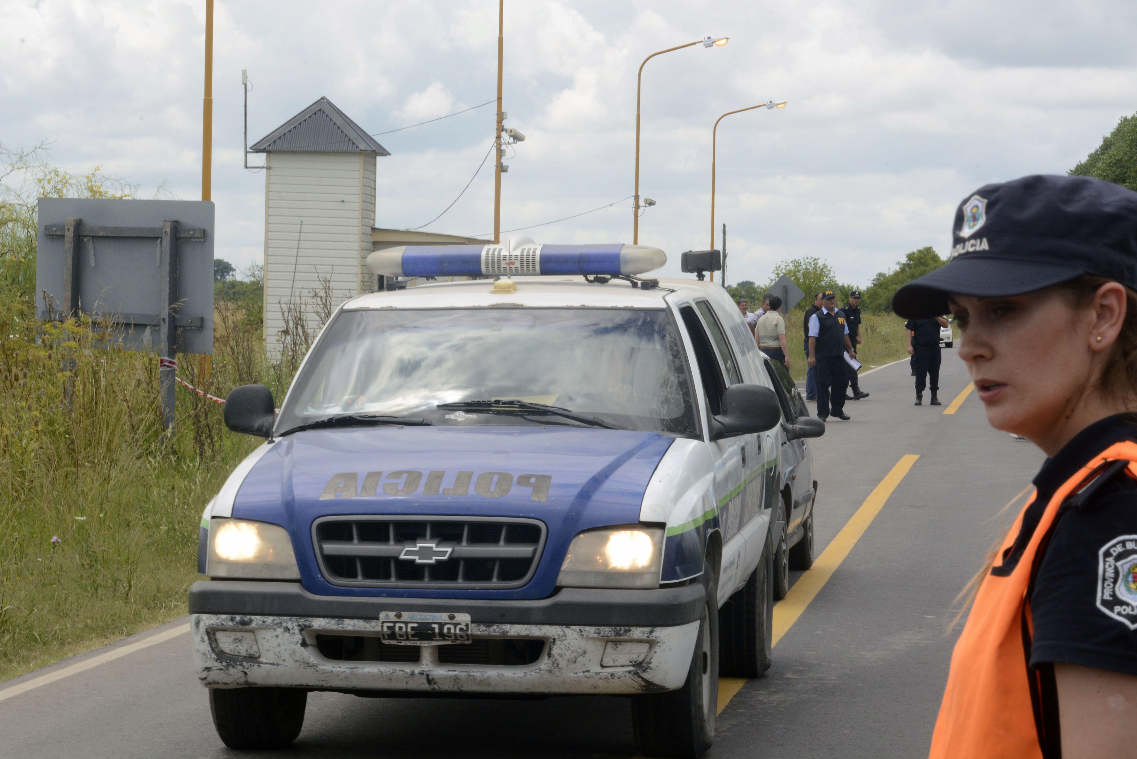 Triple Crimen: los prófugos visitaron a un amigo de Quilmes, pidieron plata y se fueron