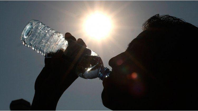 Salud difundió recomendaciones para evitar un golpe de calor