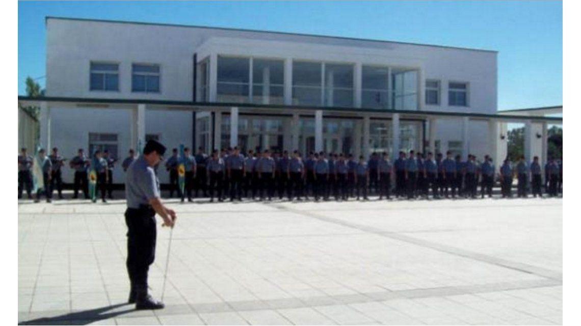 El ministro de Seguridad bonaerense informó que hay un agente penitenciario detenido