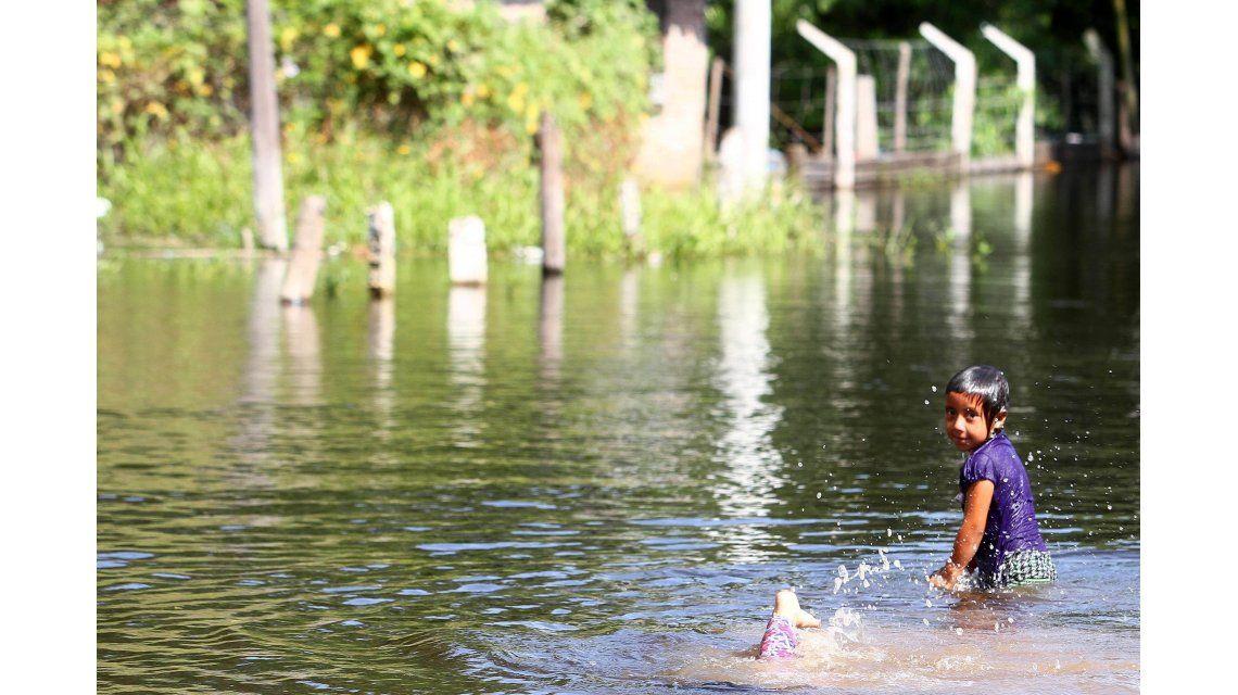 Hay unos 20.000 evacuados por las inundaciones en el Litoral