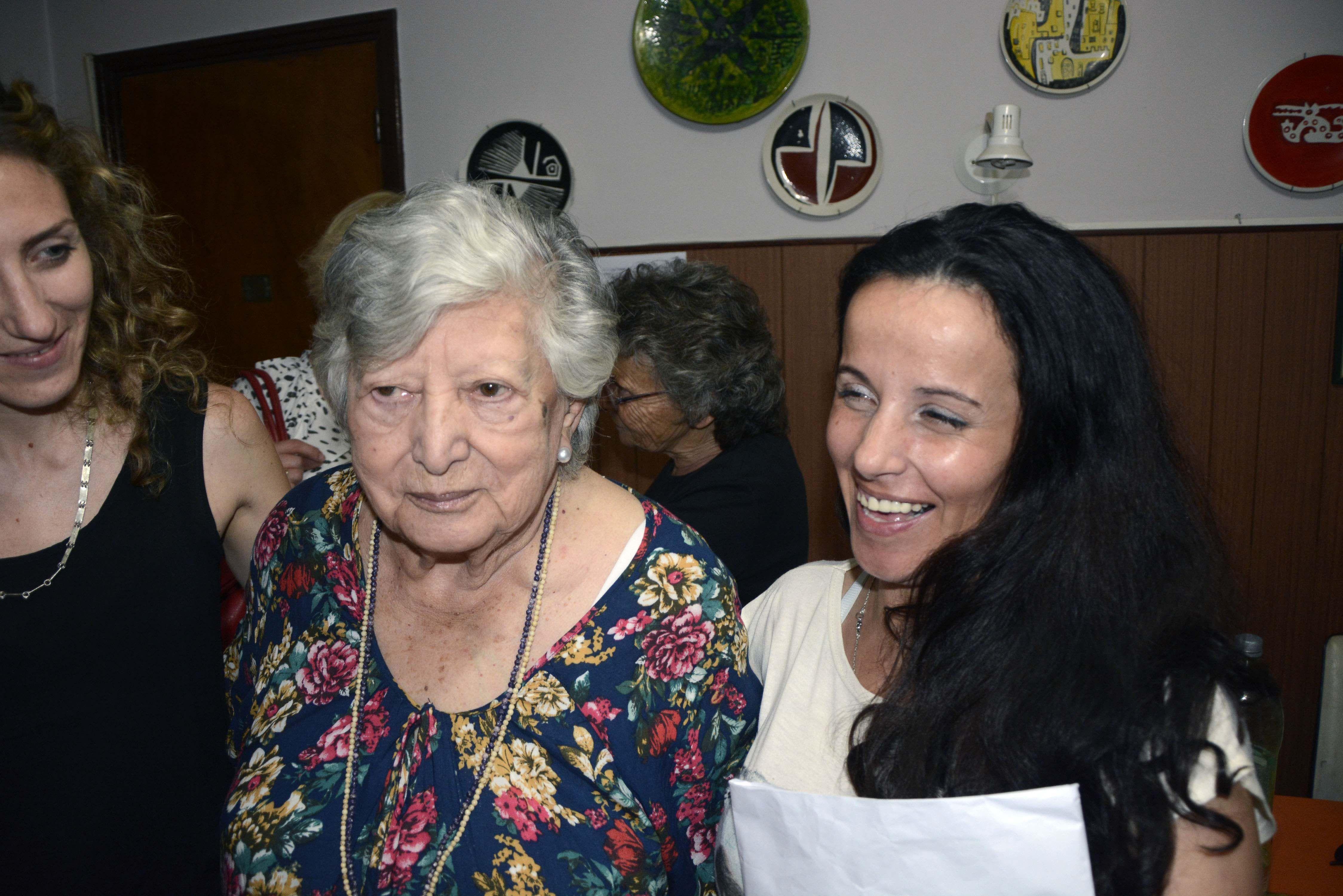 Chicha brindará una conferencia ante la no aparición de Clara Anahí