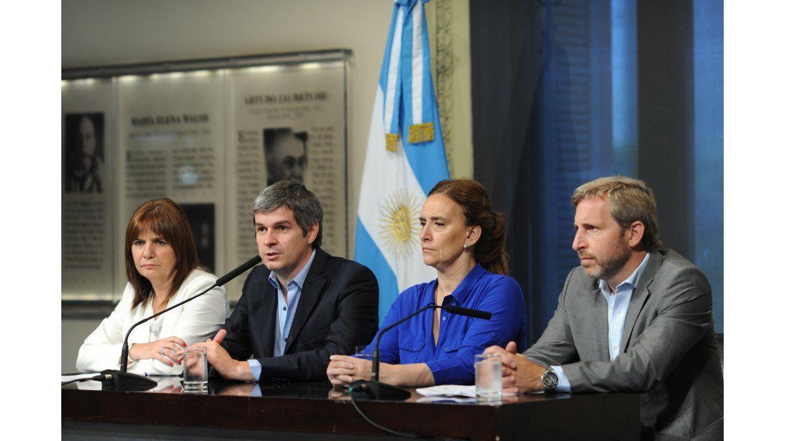 Michetti y Peña recibieron en Casa Rosada a los jefes de bloque del Senado