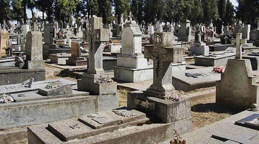 Insólito: cierran el cementerio de Bahía Blanca por las Fiestas y no reciben cadáveres