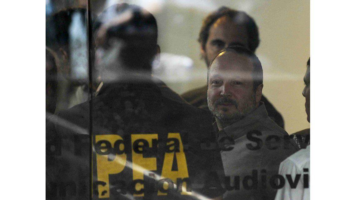 Sabbatella: Este desalojo implica la suspensión de la Ley de Medios