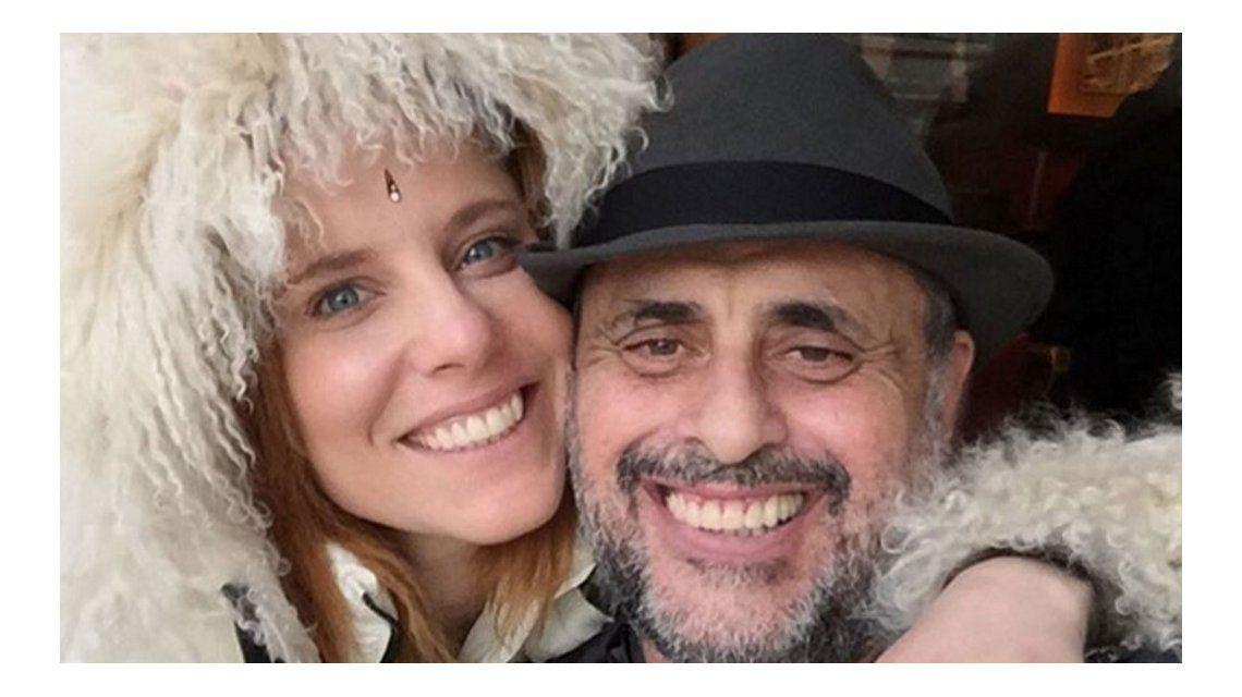 La gran declaración de amor de Agustina Kämpfer a Rial y el halago a sus hijas