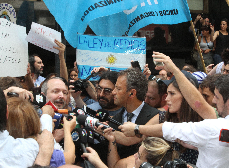Sabbatella: Vamos a pedirle a la Justicia que ordene la situación