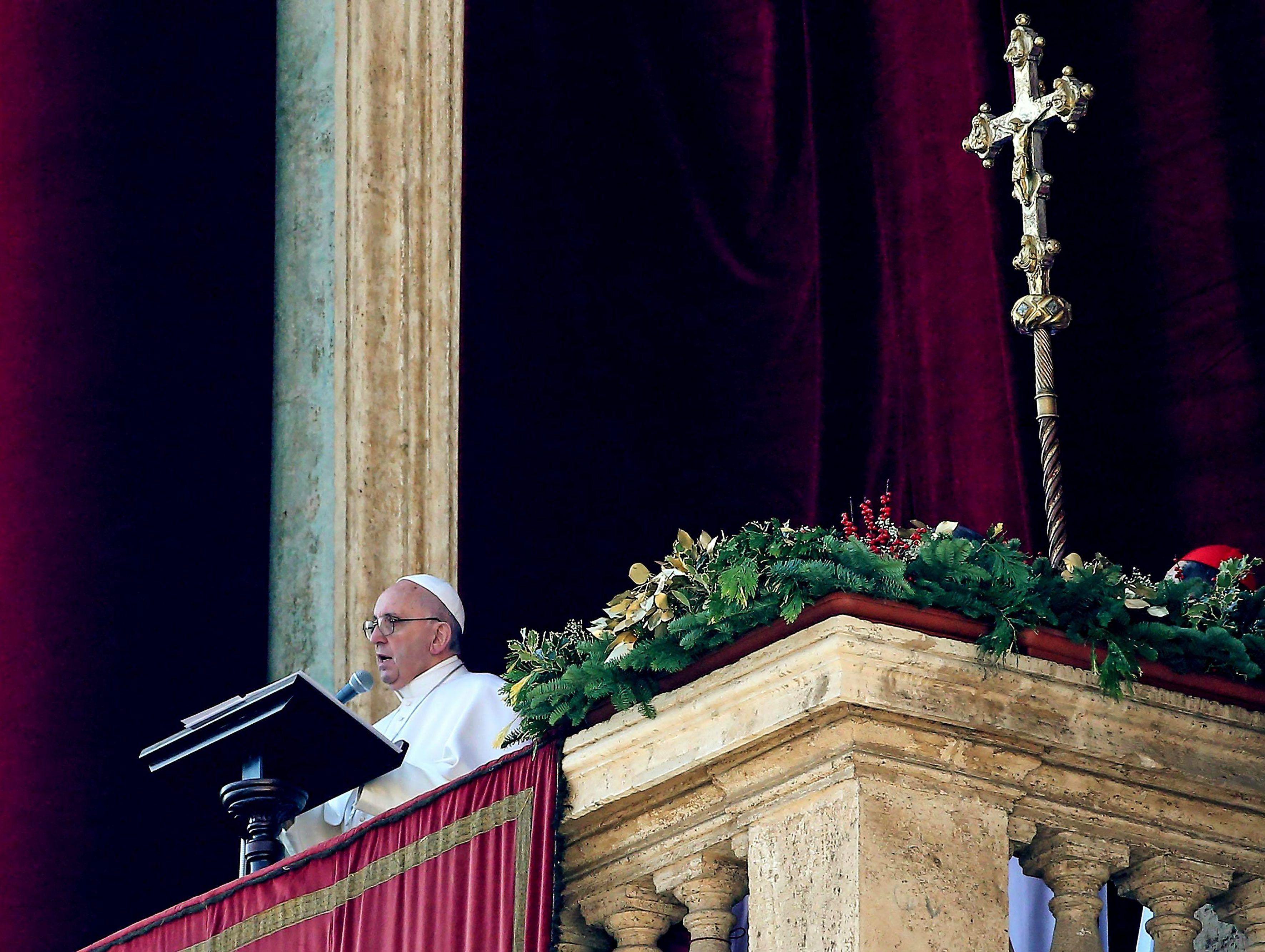 Francisco recordó los atentados terroristas y pidió esfuerzos para lograr la paz
