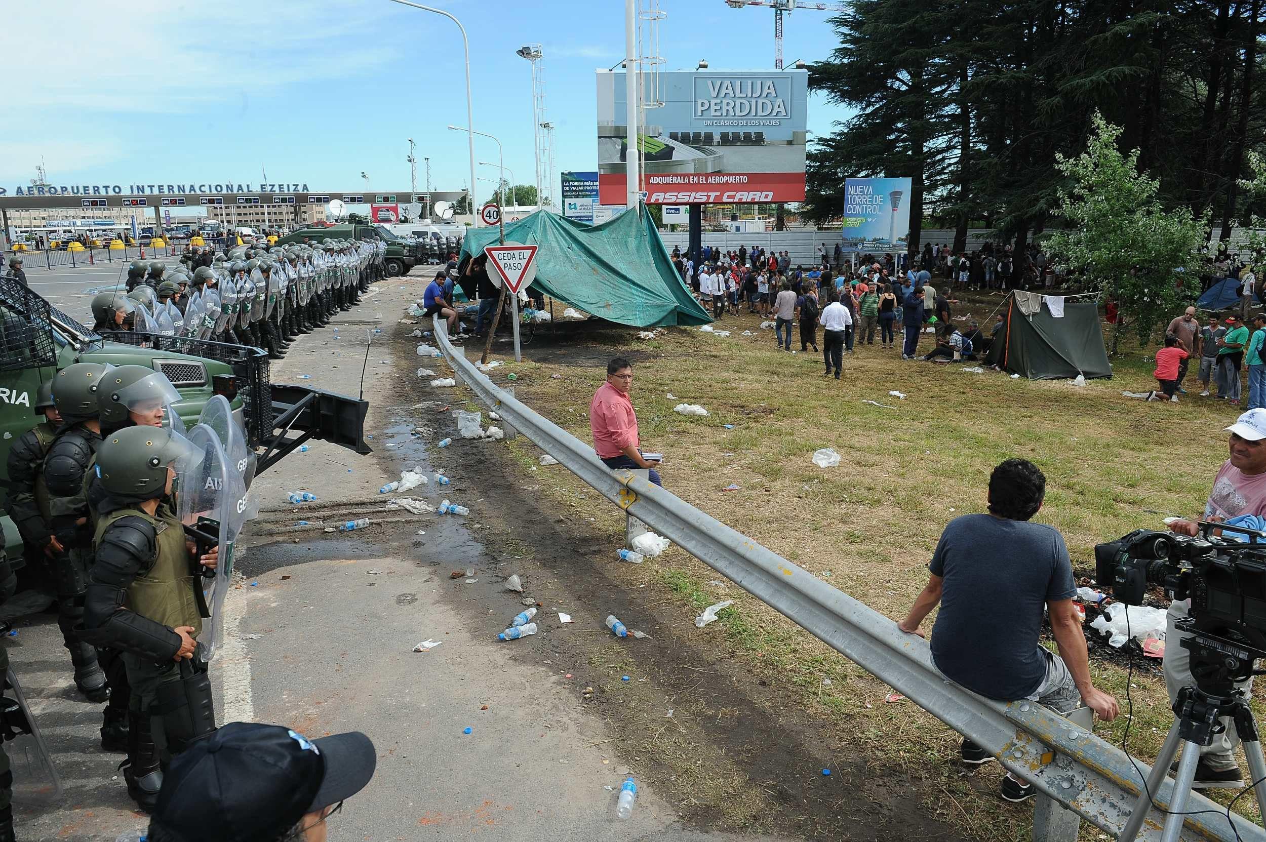Los trabajadores de Cresta Roja levantaron la protesta en la Autopista Riccheri