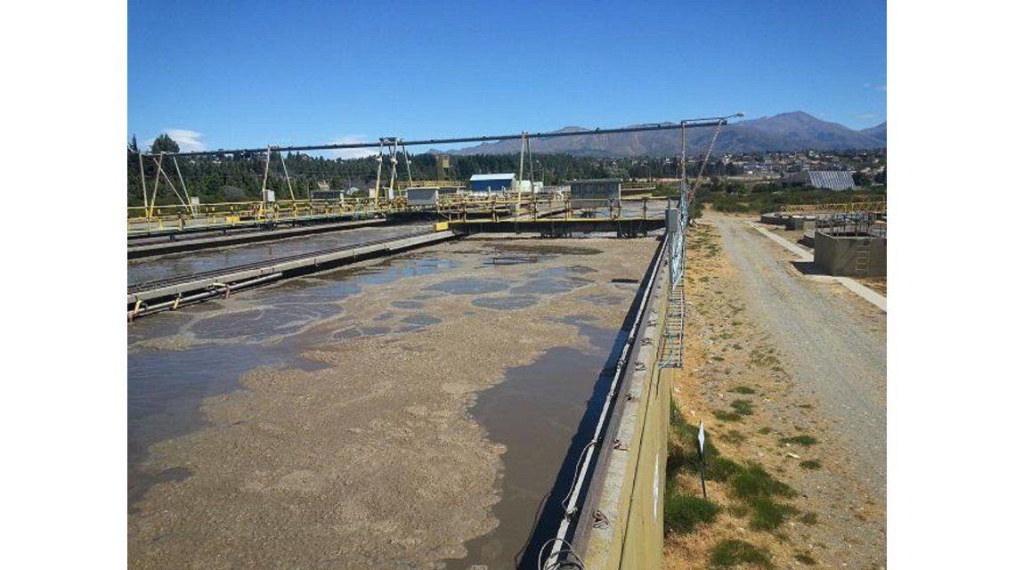 ¿Bariloche verterá líquidos cloacales al lago Nahuel Huapi?