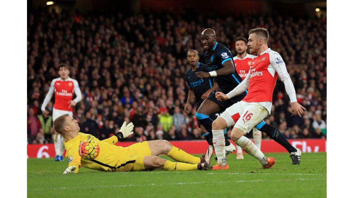 En la vuelta de Agüero, el Manchester City cayó ante el Arsenal