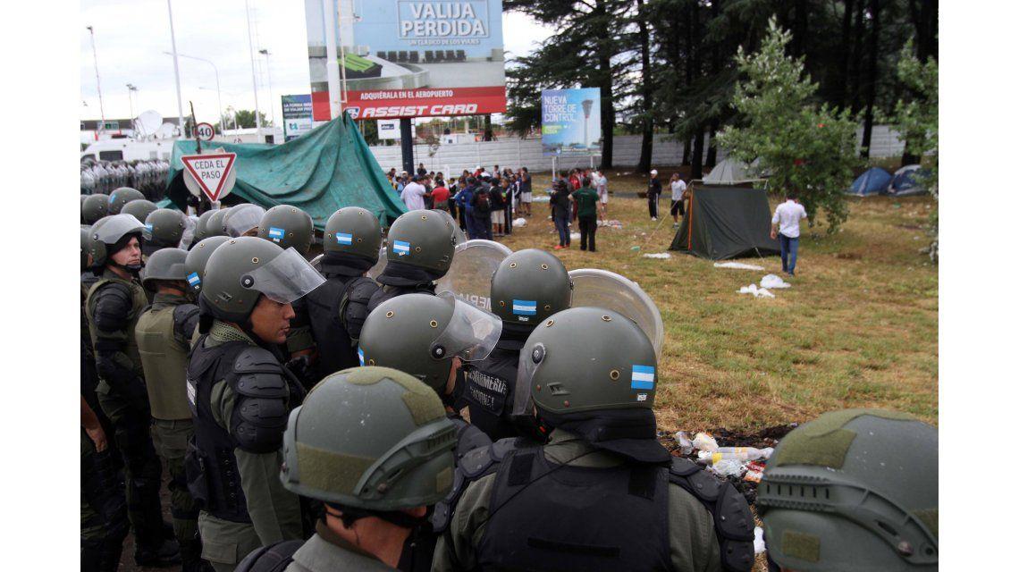 Represión en la Ricchieri: Gendarmería cumplió con el mandato del juez, dijo Triaca