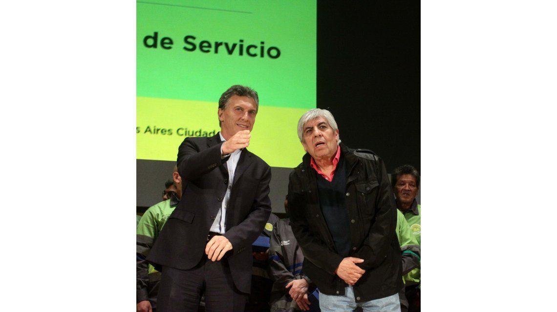 Moyano le pidió a Macri que se acuerde de los trabajadores
