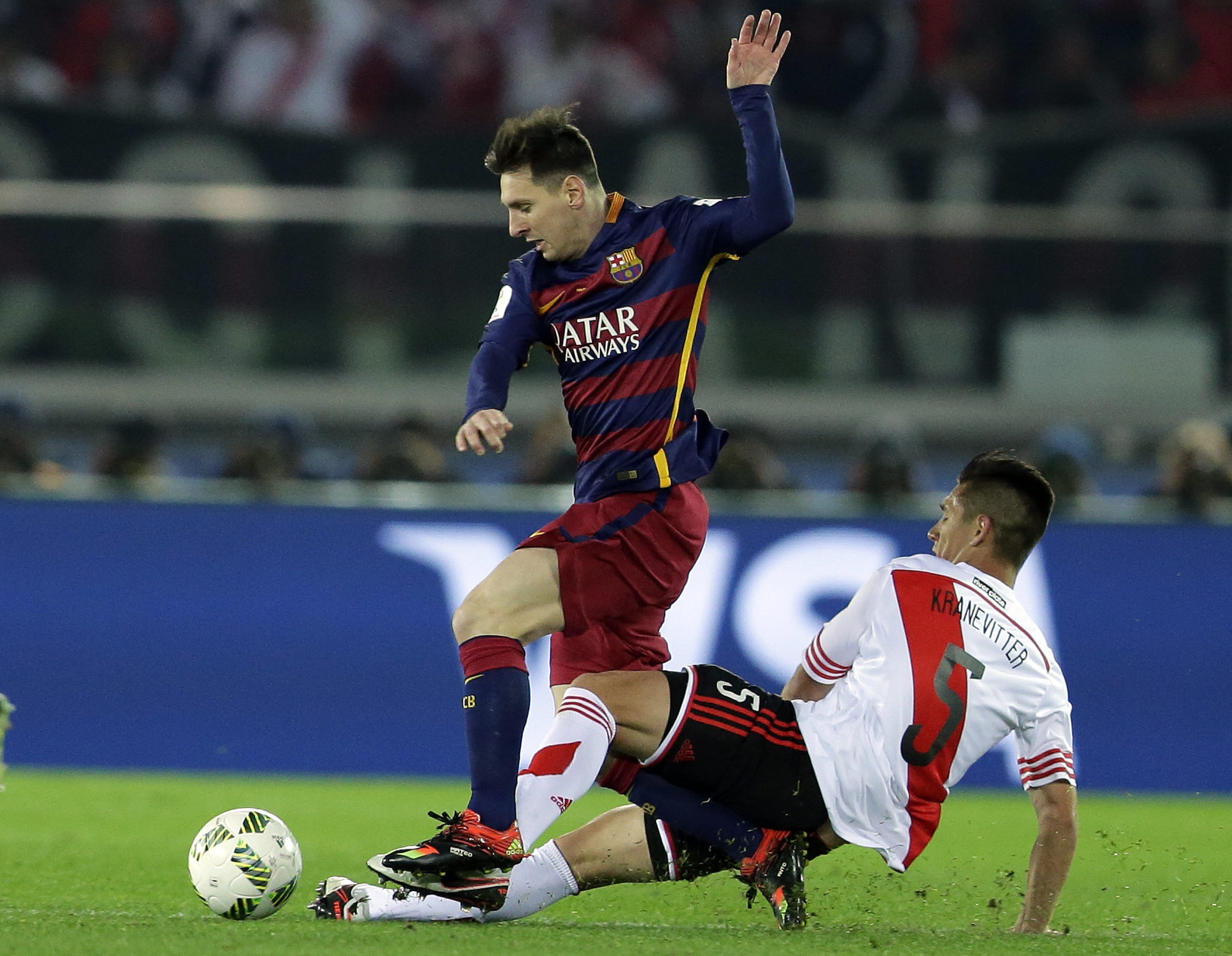 River repudió las agresiones a Messi y pidió perdón