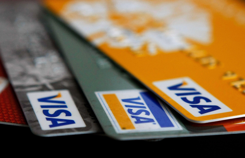 Buscan bajar las comisiones de tarjetas de débito y crédito<br>