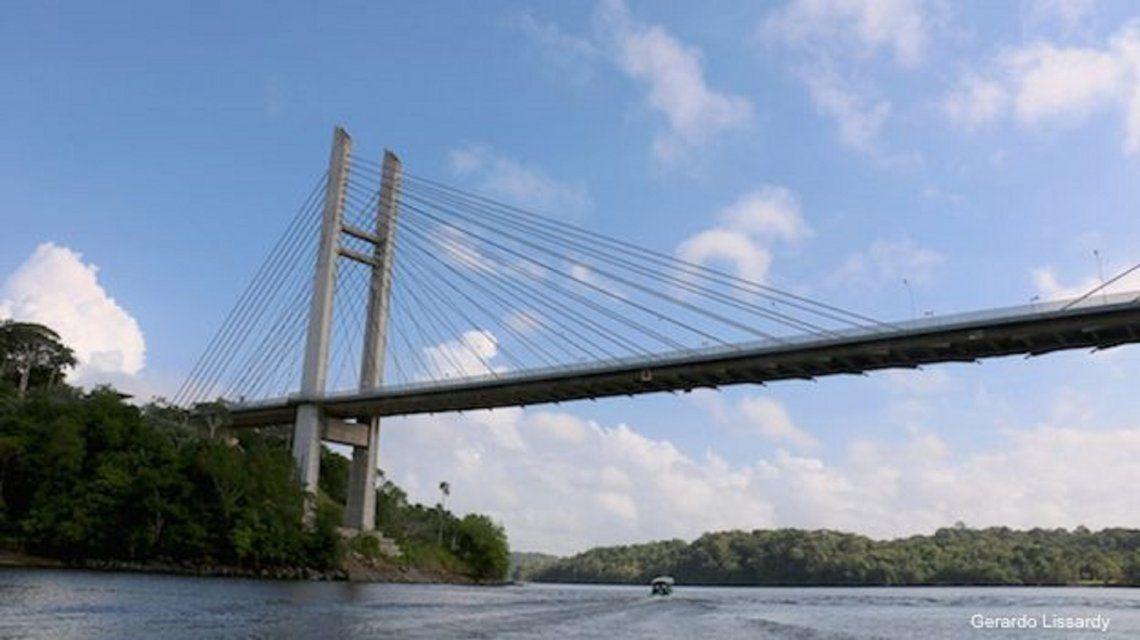 El misterio del millonario puente entre Brasil y la Guyana que nadie ha podido cruzar