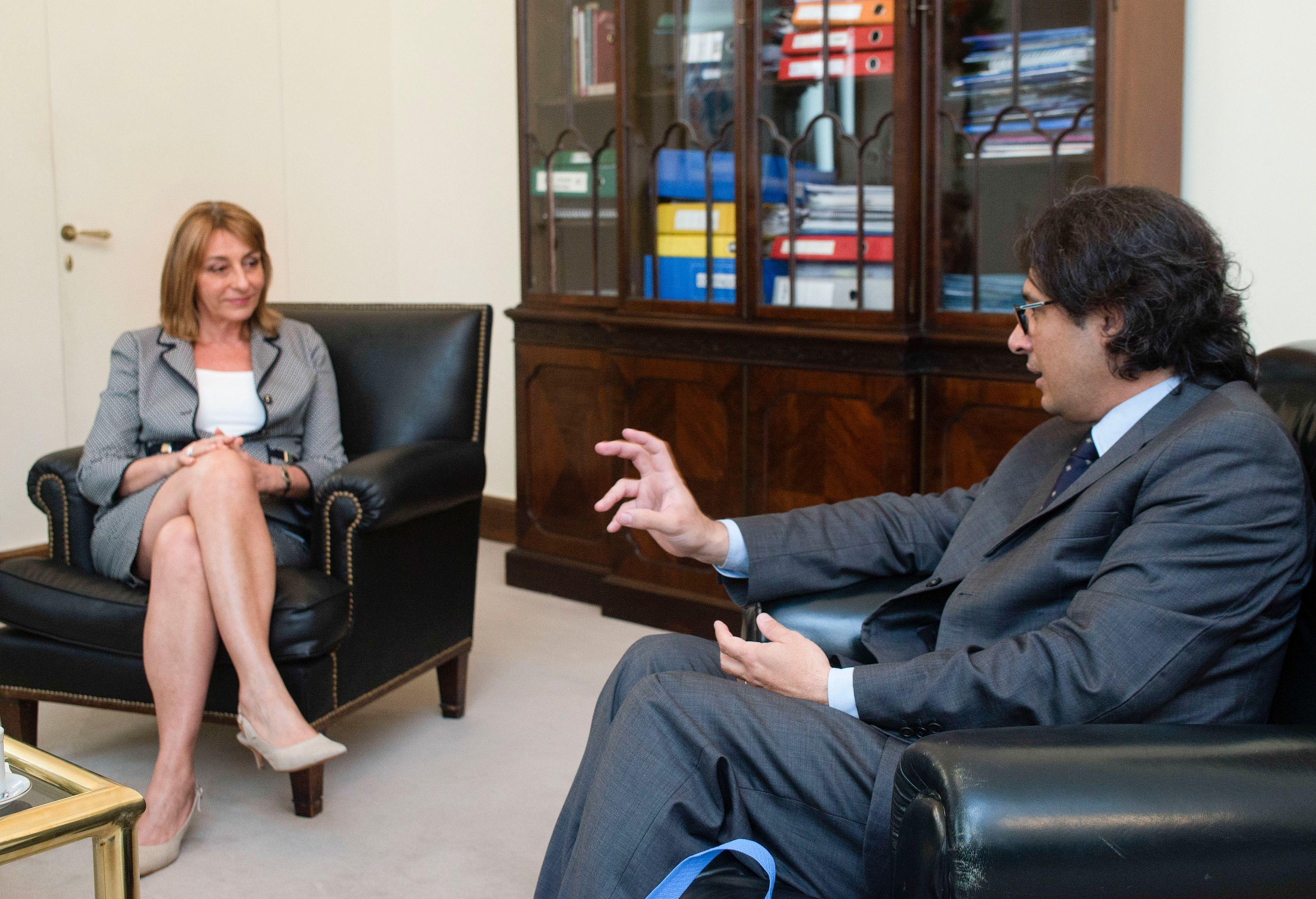 El ministro de Justicia descartó echar a Gils Carbó por decreto