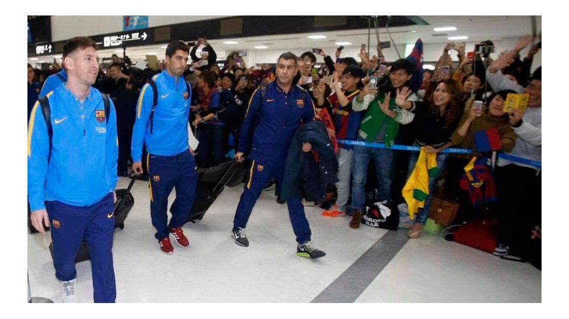Sin tiempo para festejos, Messi llegó a Argentina para pasar las fiestas