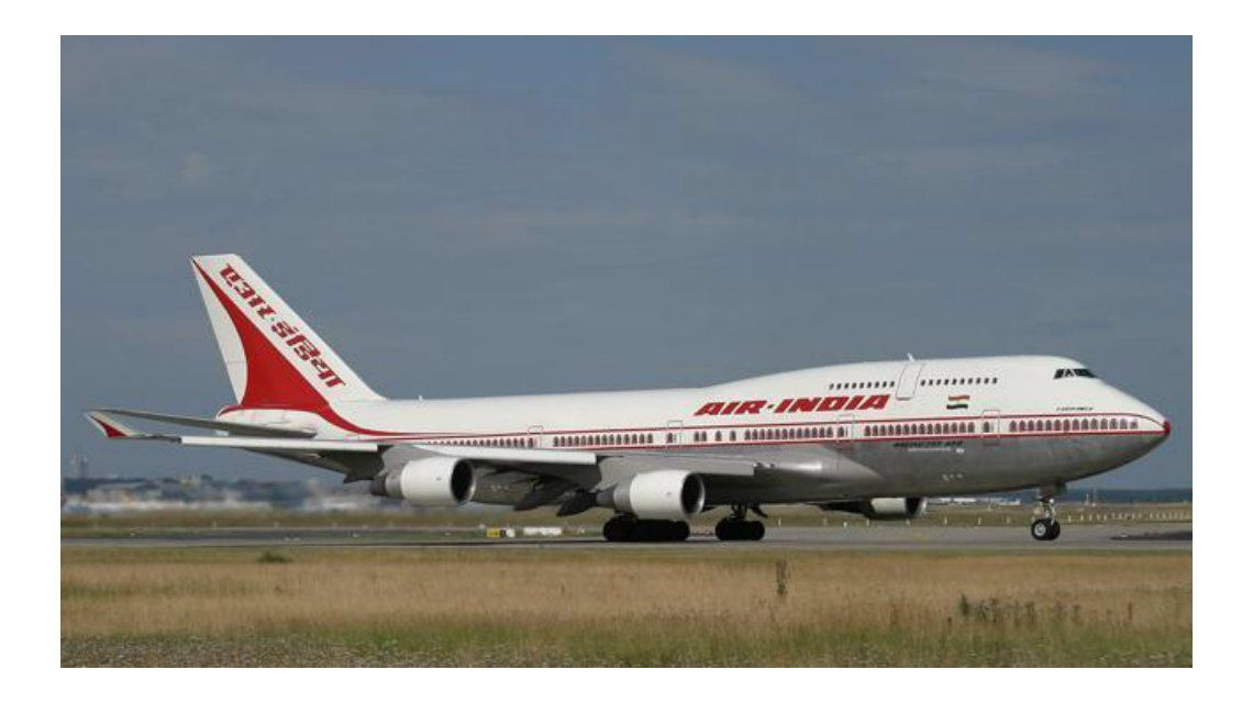 Un trabajador aeroportuario murió succionado por la turbina de un avión