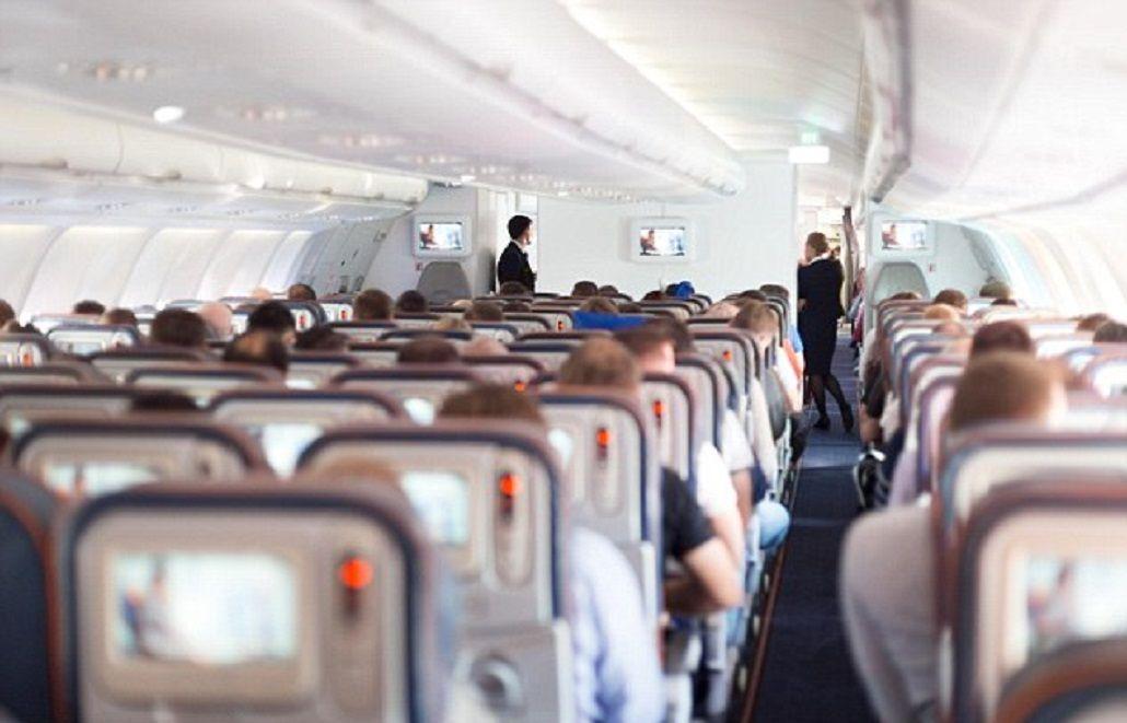 Last Class, las aerolíneas comercializan los peores asientos más baratos