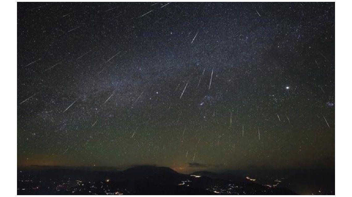 Imperdible espectáculo en el cielo: esta noche se verá la última lluvia de estrellas del año
