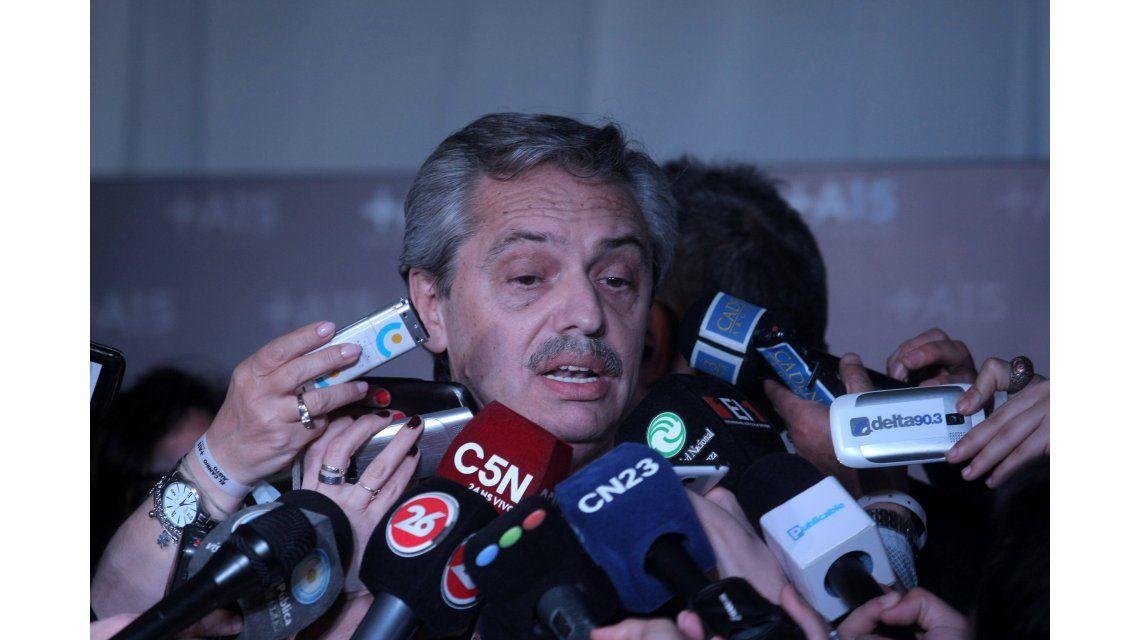 Alberto Fernández, por Radio 10: Macri decidió gobernar sin el Congreso