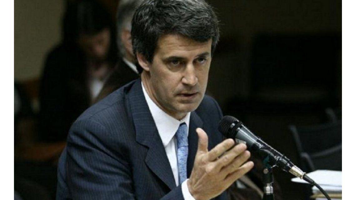 Prat Gay defendió la posibilidad de que el FMI audite las cuentas de la Argentina
