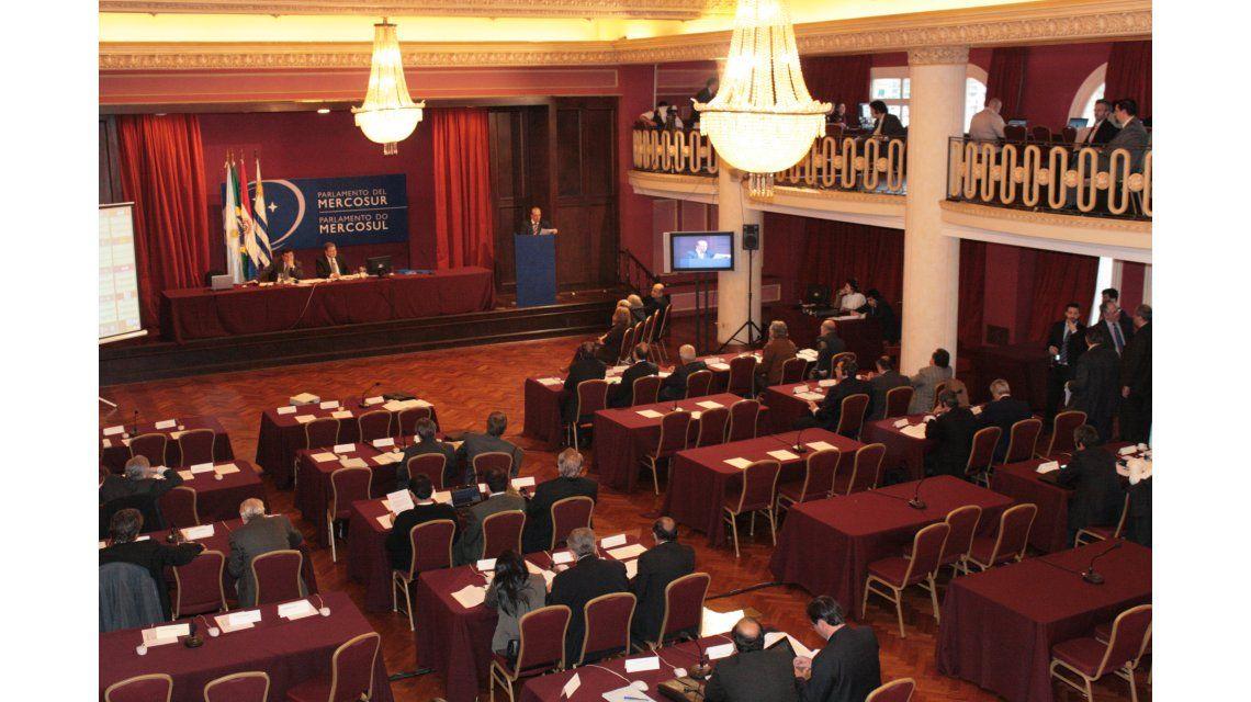 Asumen los parlamentarios argentinos del Mercosur