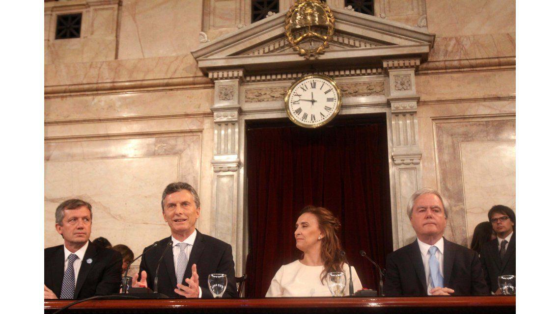 El discurso de asunción de Macri, desaprobado por más de la mitad de la gente