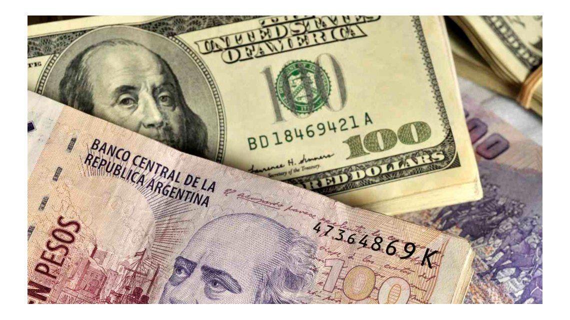 Cepo: AFIP ya habilitó a 41.000 personas a cobrar la devolución por el dólar turista
