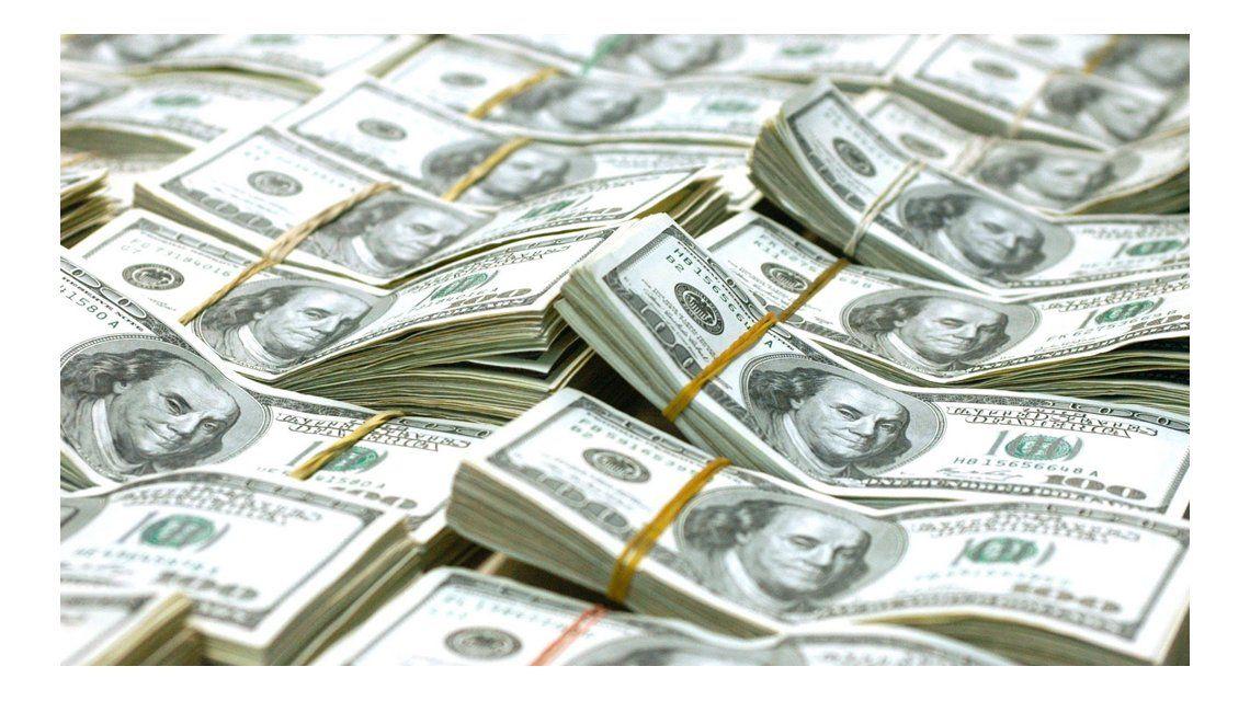 Fuerte intervención del BCRA sobre el cierre: el dólar se disparó a $ 15,65