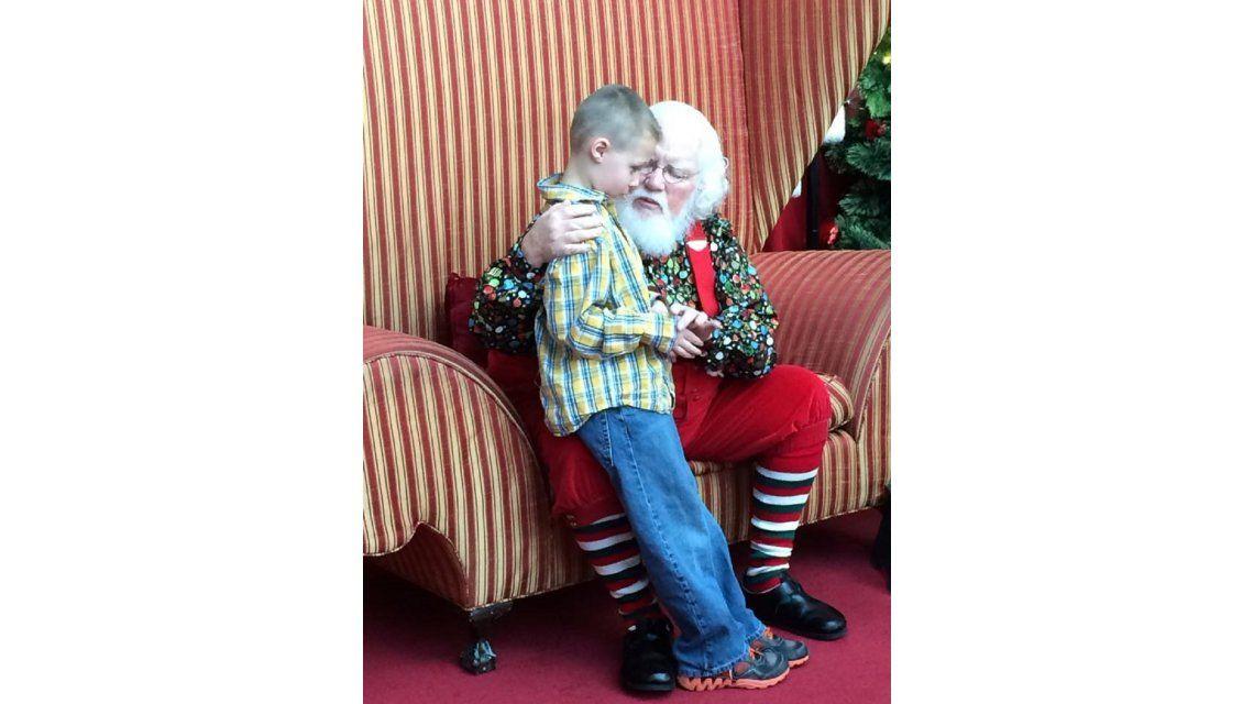 El emotivo y tierno mensaje de Papá Noel a un nene con autismo