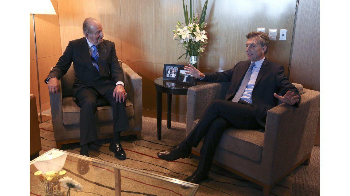 Macri se reunió con el rey Juan Carlos antes de la asunción
