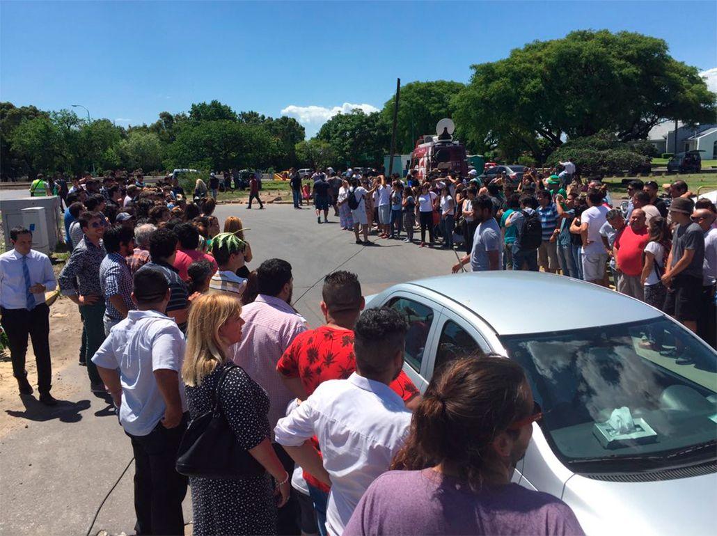 Cristina Kirchner viajó a Río Gallegos y fue despedida por decenas de militantes
