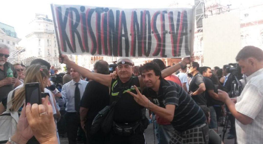 minutouno.com en Plaza de Mayo: seguí en vivo la despedida a Cristina Kirchner
