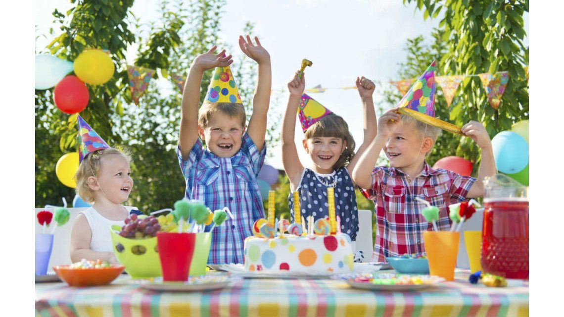 Llegan a un acuerdo extra judicial por las regalías del Feliz cumpleaños