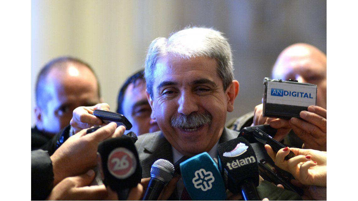 Última conferencia de Aníbal: La historia va a maltratar a Macri por la cautelar