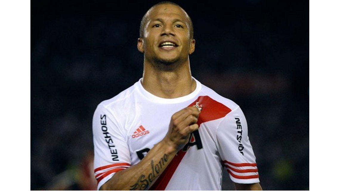 Carlos Sánchez le ganó al jugador del pueblo y es el mejor de América