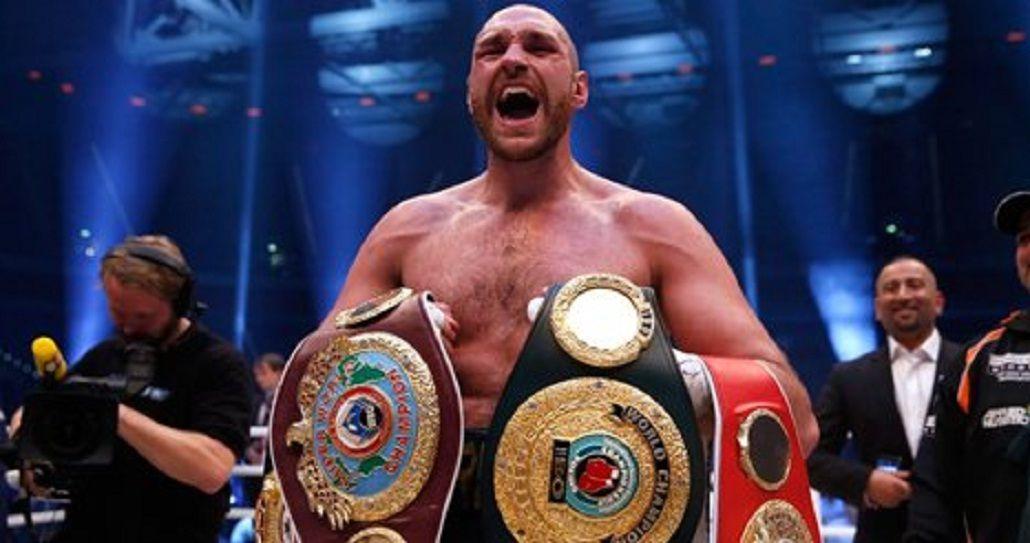 El británico es campeón del Consejo y la Asociación de Boxeo
