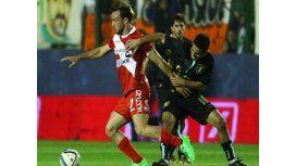 Pre-Sudamericana: Banfield le ganó a Argentinos con un golazo de Cazares
