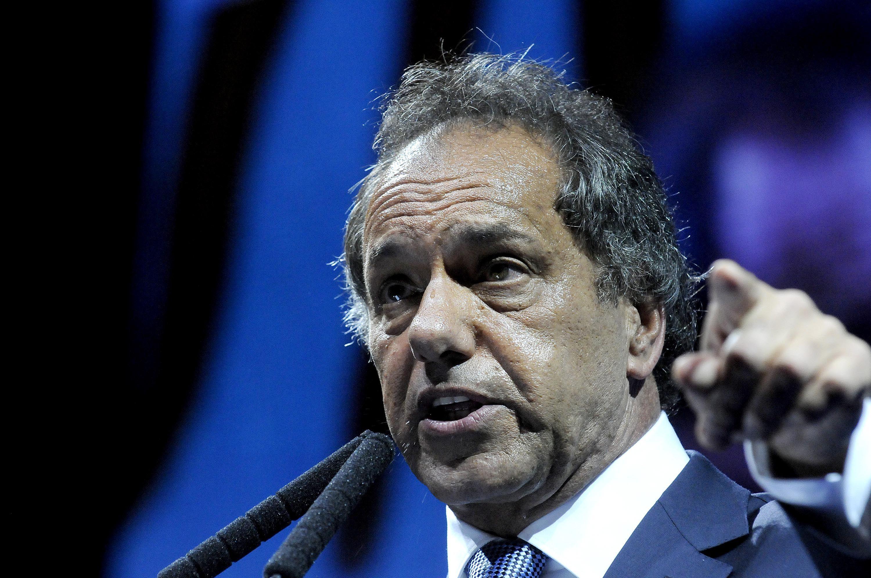 Scioli criticó al Gobierno por no atacar las causas profundas del desempleo