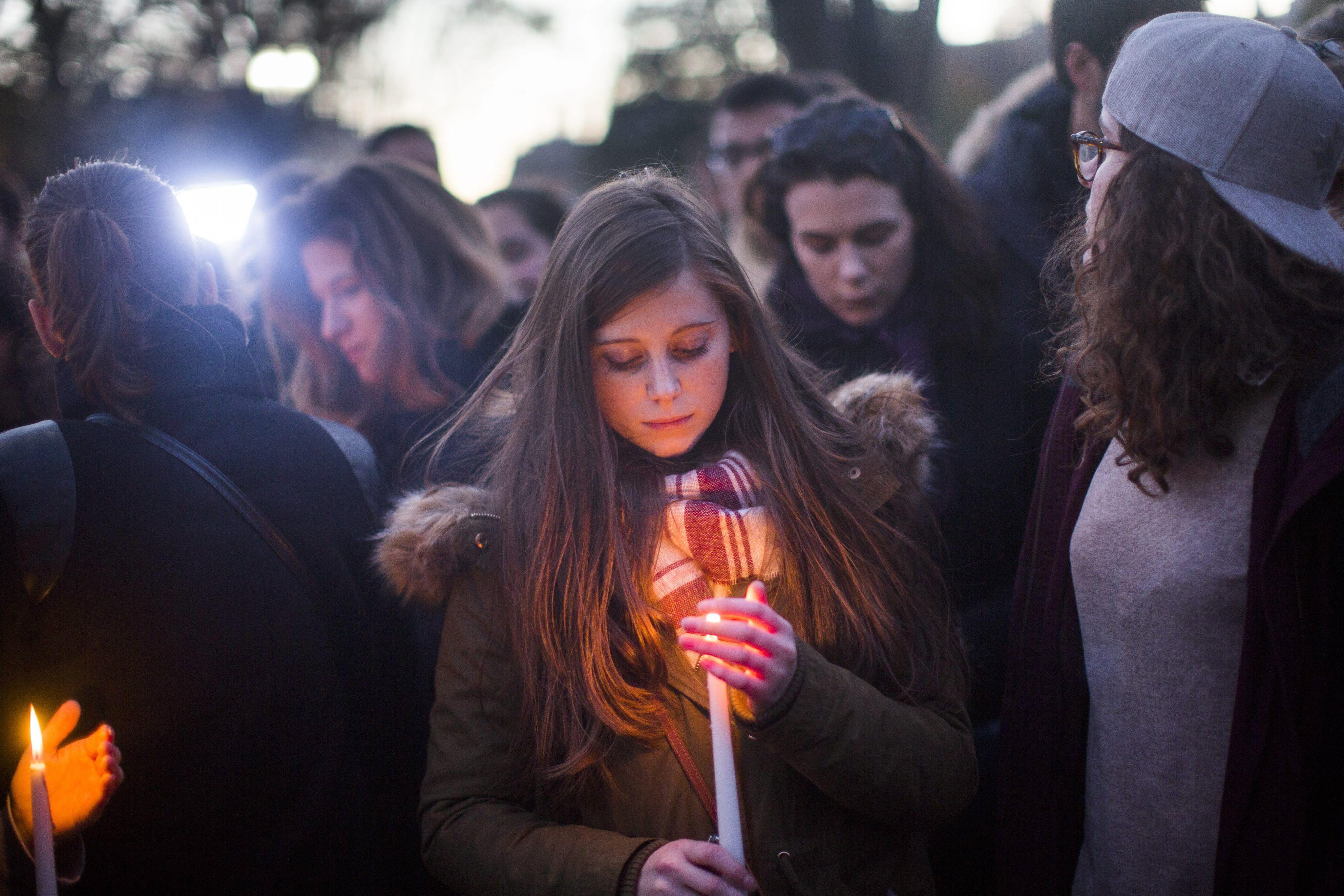 Fuerte impacto de los atentados de París en Argentina