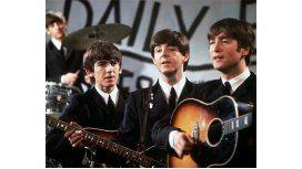 Se subastó una guitarra de John Lennon a 2.400.000 de dólares